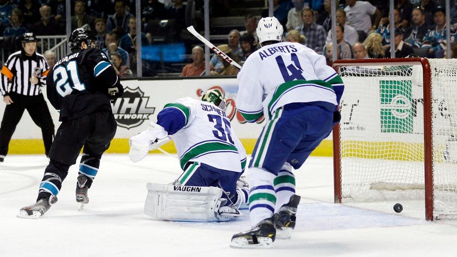 f8a51507-Canucks Sharks Hockey