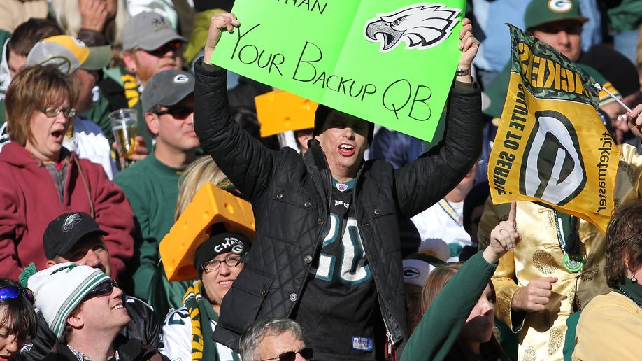 6896c896-Eagles Packers Football
