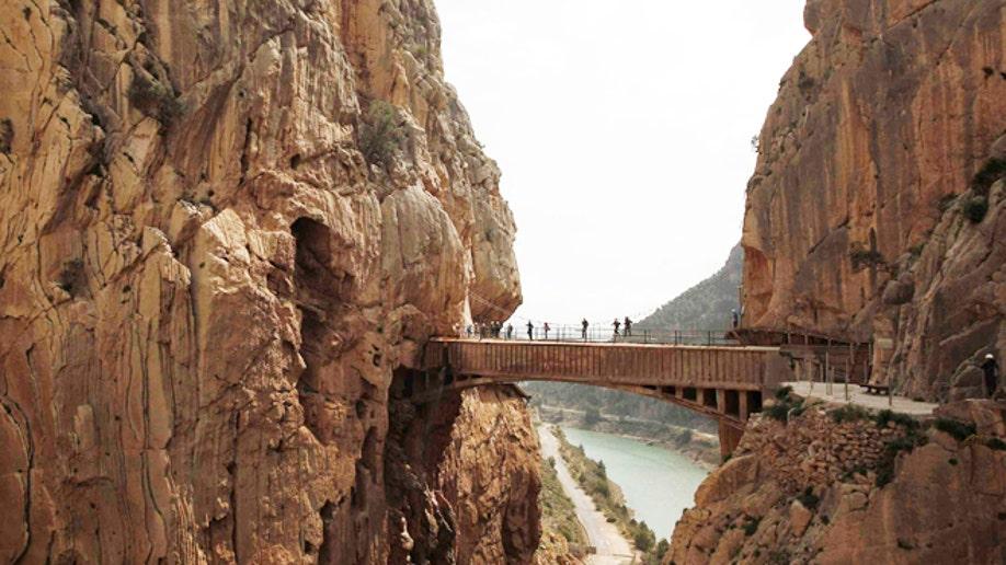 1e3dbac0-SPAIN-TOURISM