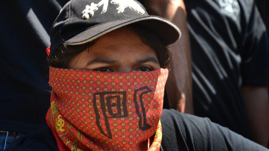 396bfe6e-Mexico Vigilantes
