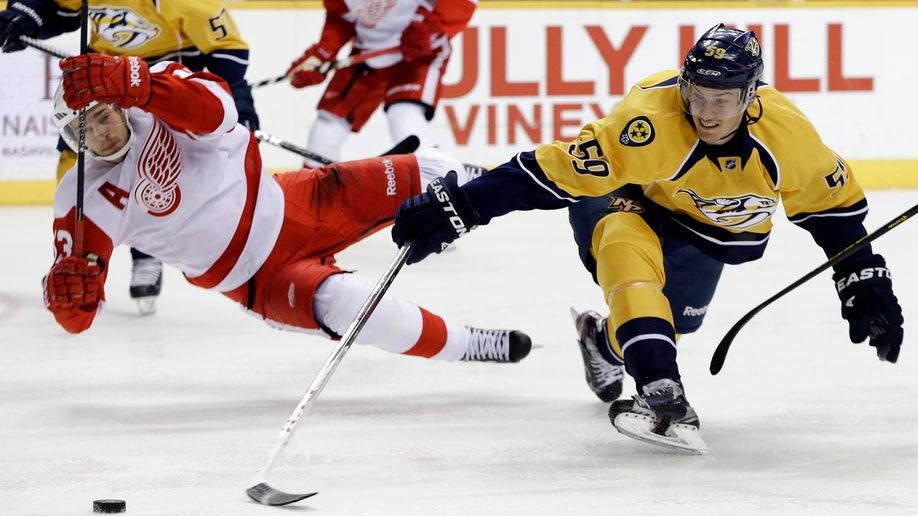 APTOPIX Red Wings Predators Hockey