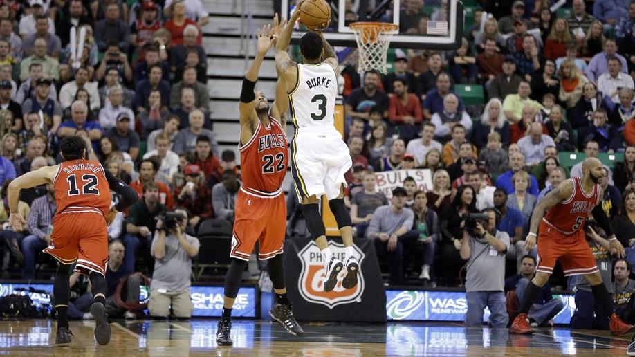 8f47e3b4-Bulls Jazz Basketball