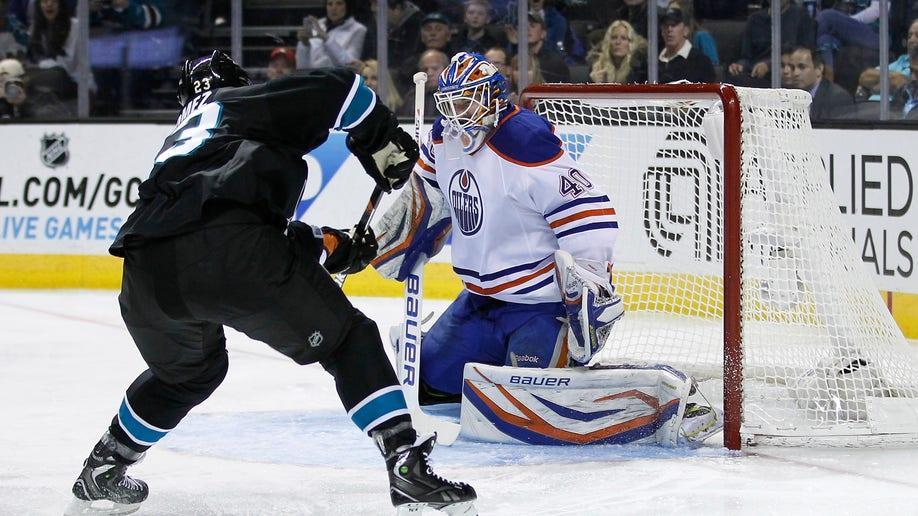 c2f6c7d9-Oilers Sharks Hockey