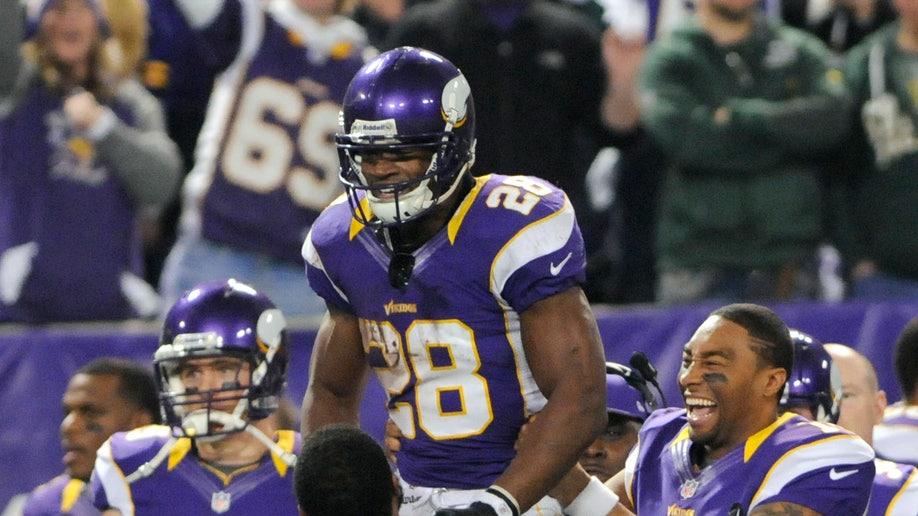70edc925-Packers Vikings Football