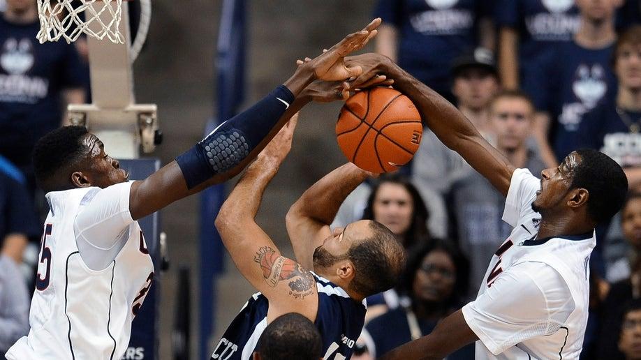 S Connecticut UConn Basketball
