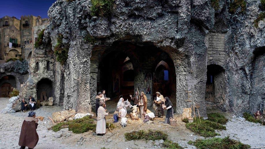 57440f49-Vatican Nativity Scene