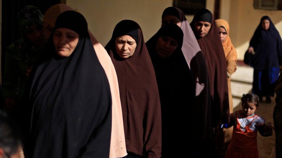 3b6bcdff-Mideast Egypt Seeds Of Dissent