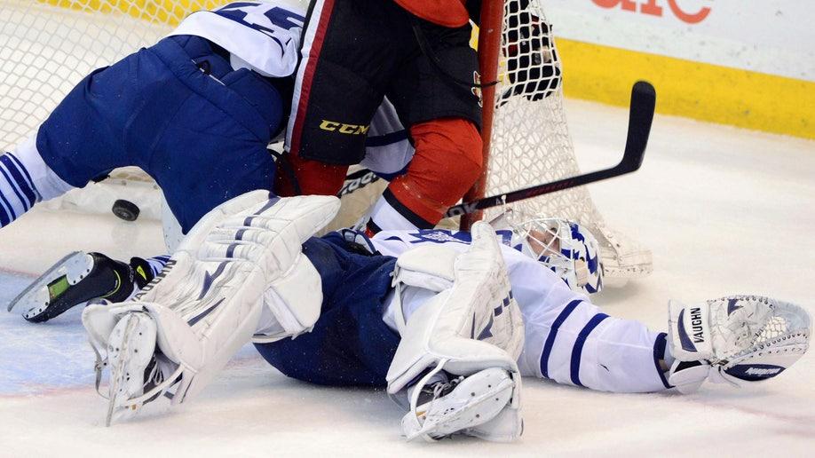 Maple Leafs Senators Hockey