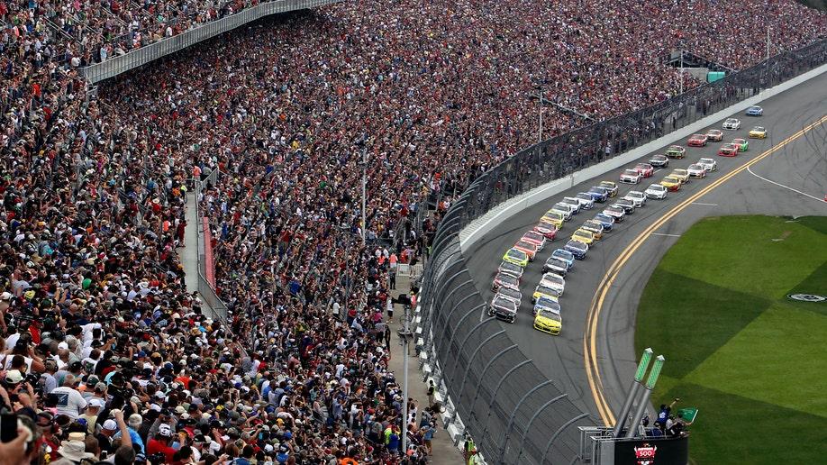 6a7823fa-NASCAR Daytona 500 Auto Racing