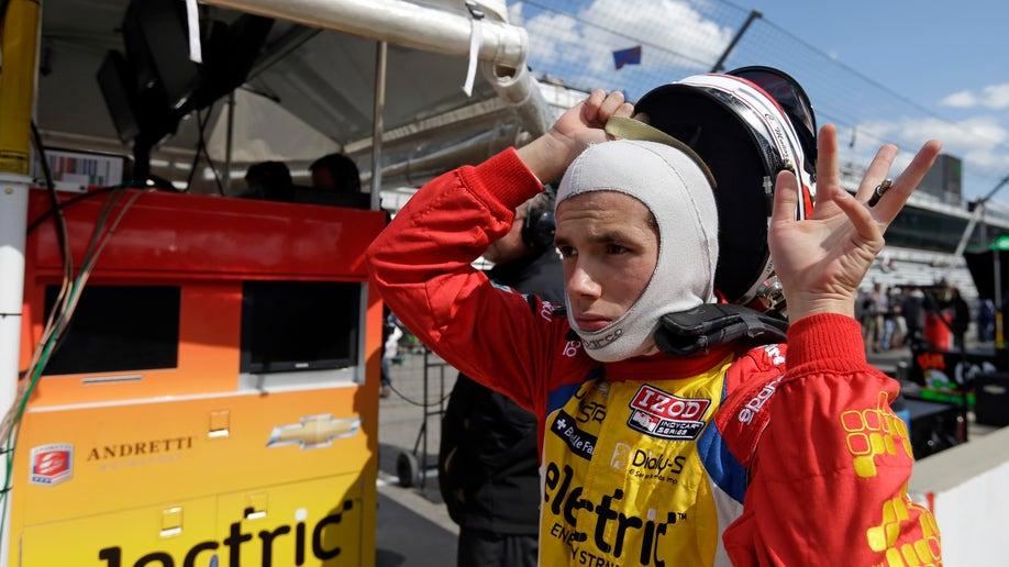 14acca16-IndyCar Indy 500 Auto Racing