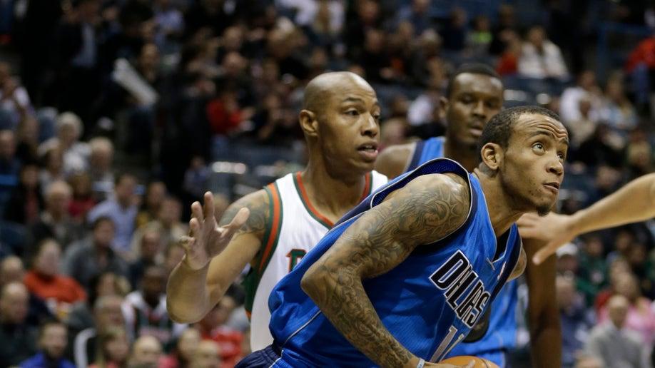 Mavericks Bucks Basketball