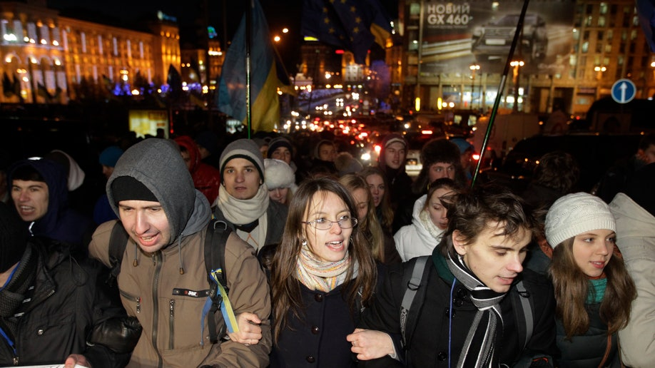 b238f34c-Ukraine EU Protest