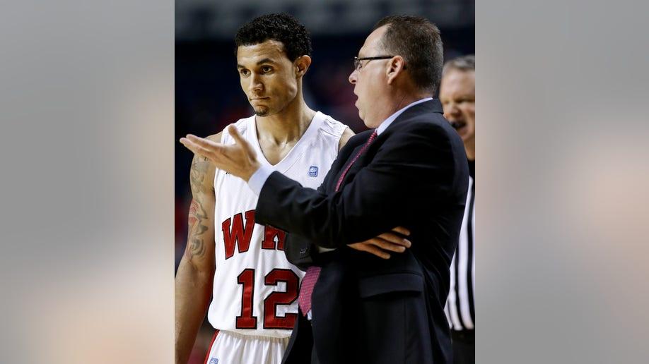 0ef51fae-Louisville Western Kentucky Basketball