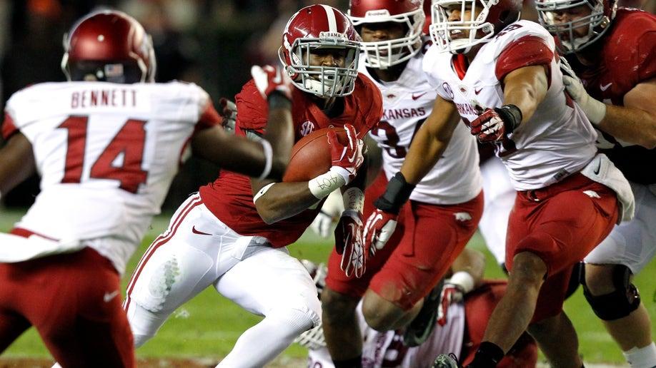 2770c1e1-Arkansas Alabama Football