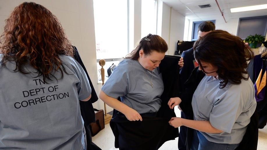 812d0617-Inmates Graduation