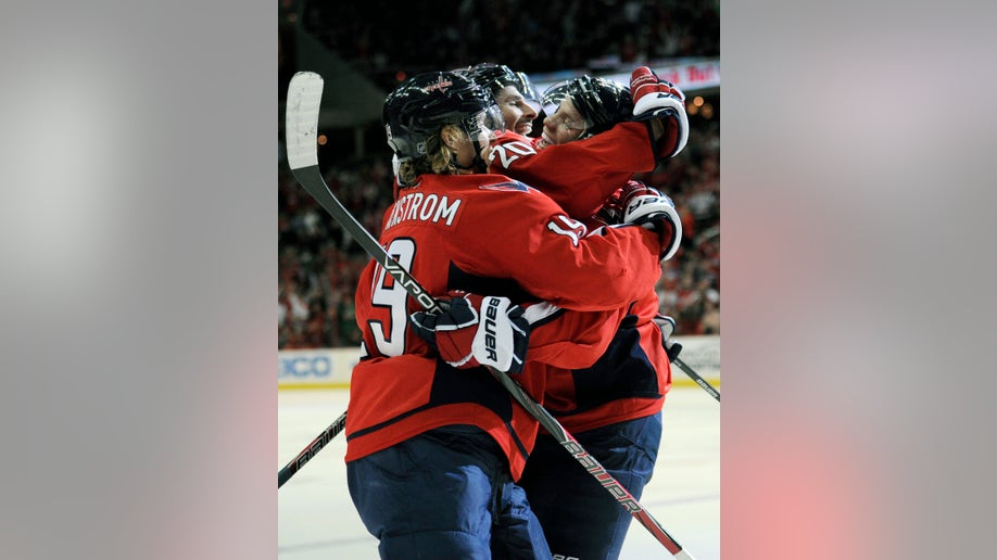 a09d9815-Panthers Capitals Hockey