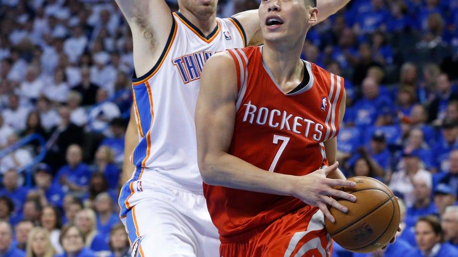 8e75d4f1-Rockets Thunder Basketball