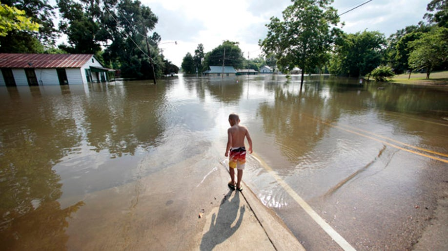 f949815b-APTOPIX Mississippi River Flooding