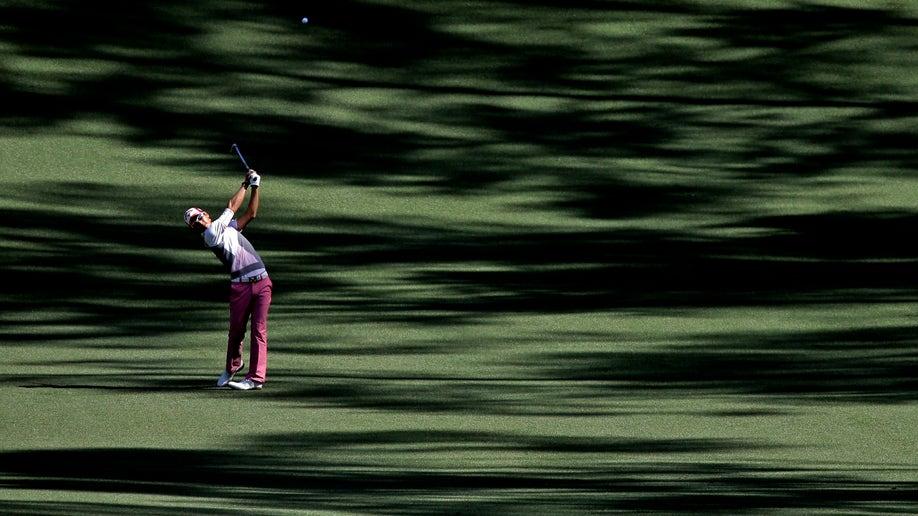 6dd79cc2-Masters Golf