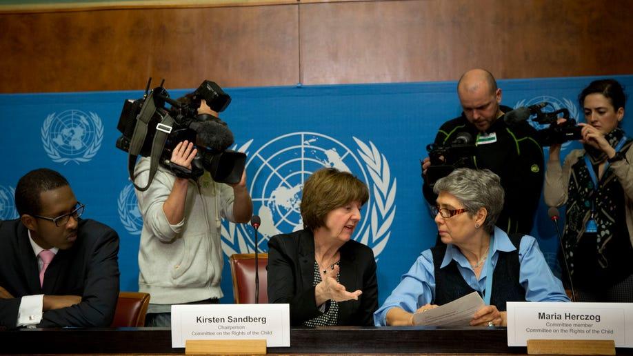 ed75dd00-Switzerland Vatican UN Abuse
