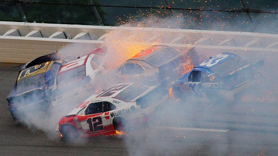 30f6e0d8-NASCAR Nationwide Auto Racing
