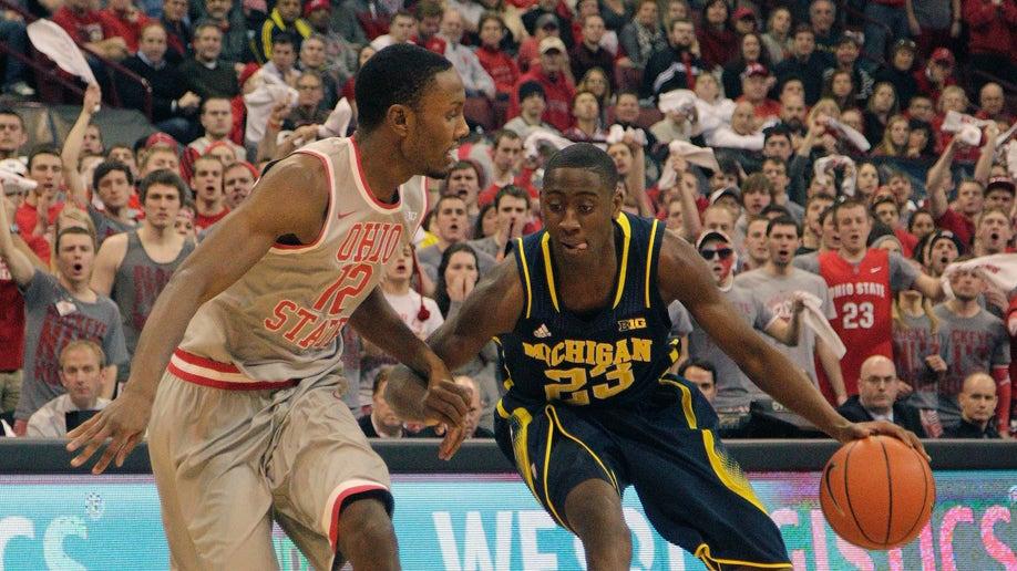 61afafc8-Michigan Ohio St Basketball
