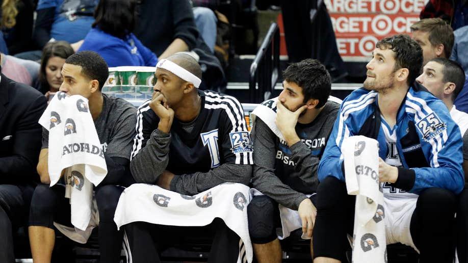 50c91b55-Kings Timberwolves Basketball