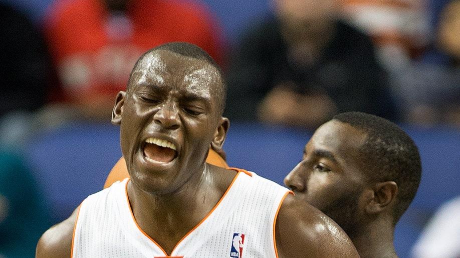 b6d874c4-Mavericks Bobcats Basketball
