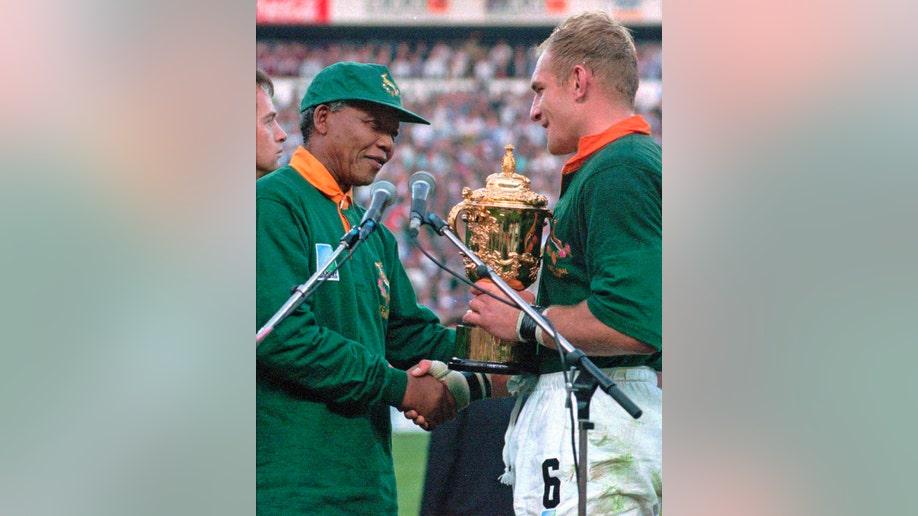 5b2f02ff-Mandela-Power Of Sports