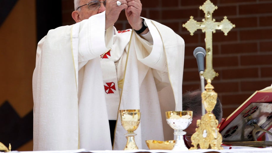 93103e11-Italy Pope
