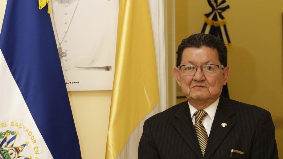 e2c3be45-Vatican El Salvador