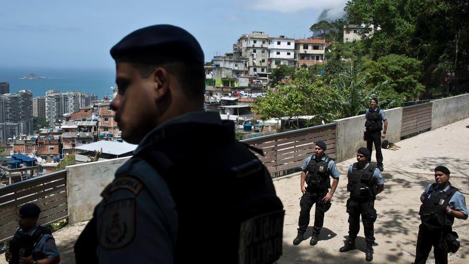 9802250b-Brazil Missing Slum Dweller
