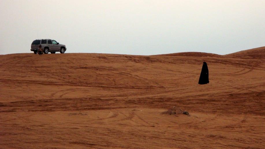 020b4c08-Mideast Saudi Women Driving