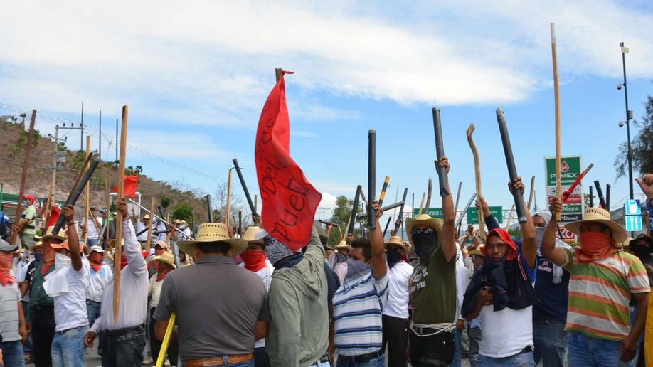 aeb43650-Mexico Teachers Protests