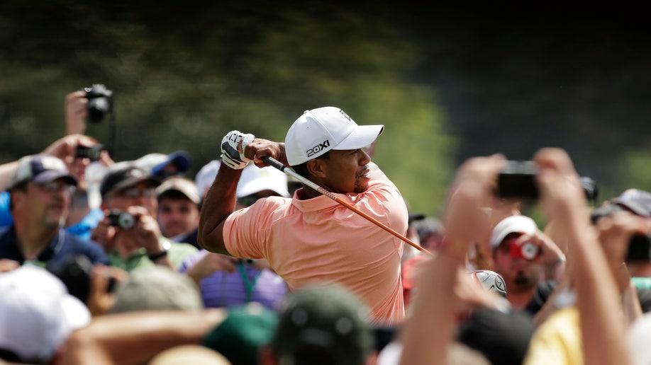 f1713ee3-Masters Golf