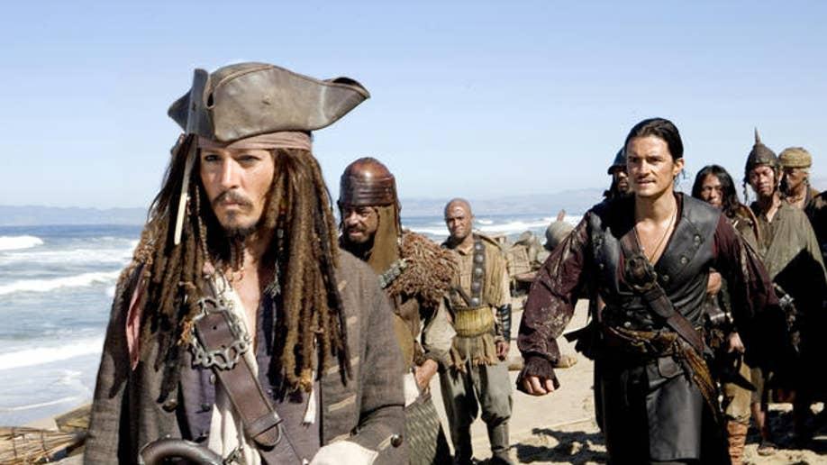 fe58c163-Film Past Pirates