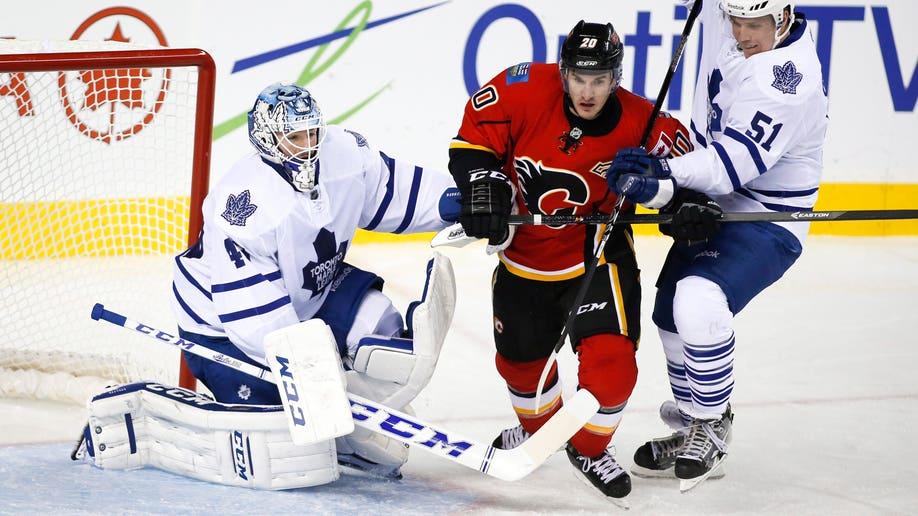 Maple Leafs Flames Hockey