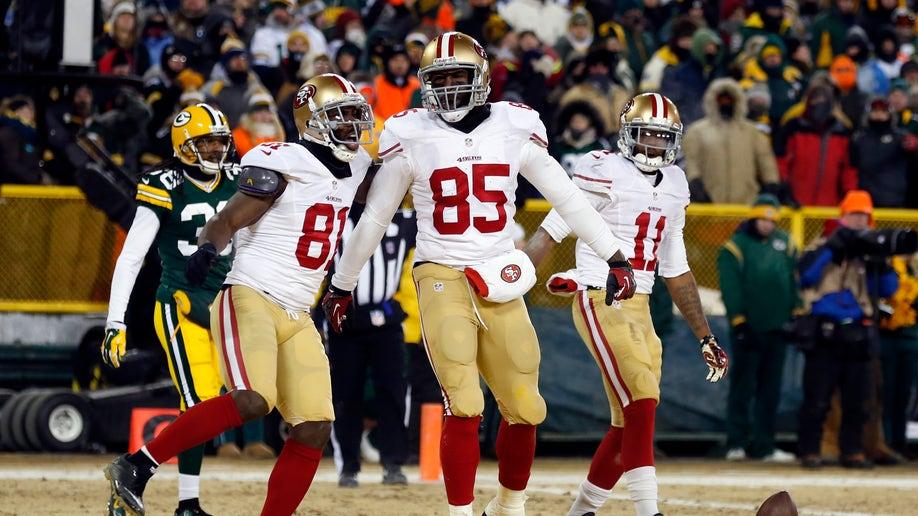 2b16850f-49ers Packers Football