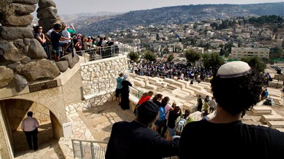 c41544bf-Mideast Israel Palestinians