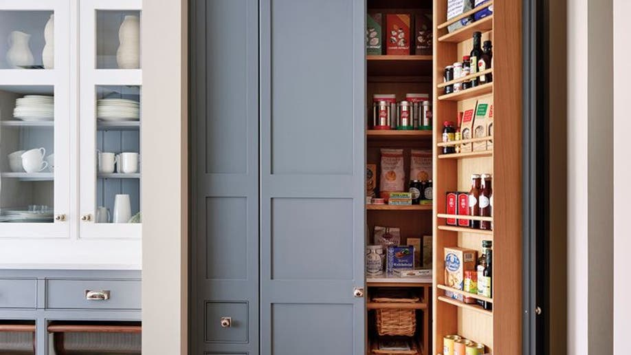 Houzz_Pantry1