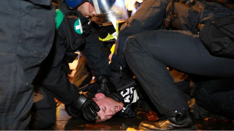 4e4160c8-ANONYMOUS-PROTEST/BRITAIN