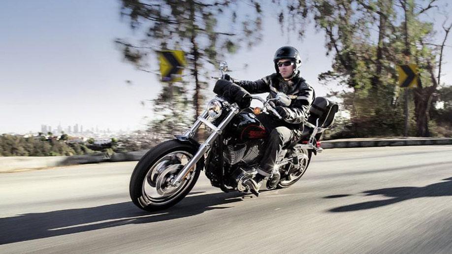f3d81c05-HARLEY-DAVIDSON MOTOR COMPANY LOW RIDER