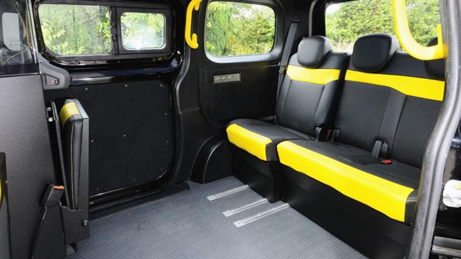 894e7564-Nissan NV200 London Taxi