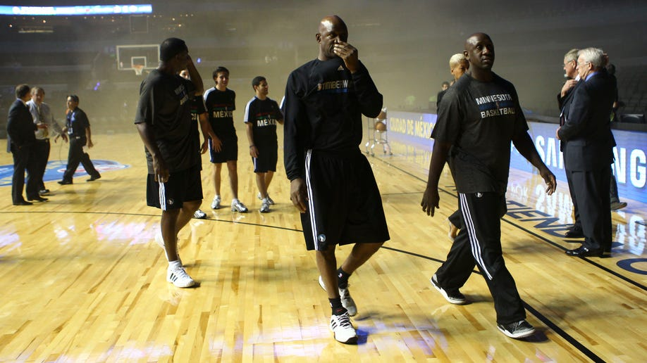 APTOPIX Mexico Spurs Timberwolves Basketball
