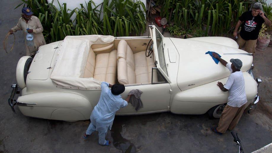 e9cb3096-Pakistan Vintage Cars