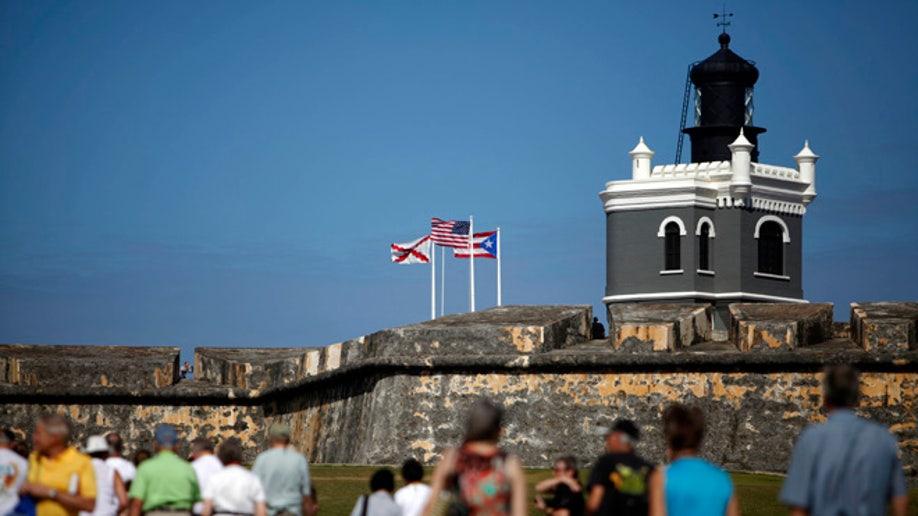 30713730-Travel-Trip-5 Free Things-Puerto Rico