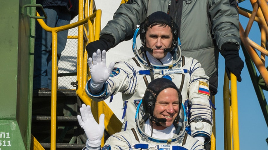 Expedition 46 Preflight