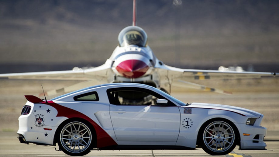 76c0c87b-U.S. Air Force Thunderbirds Edition 2014 Ford Mustang GT