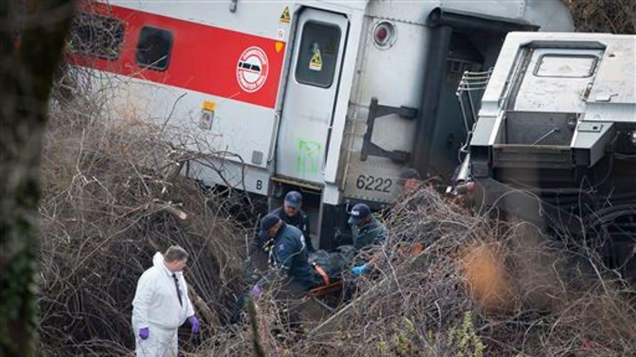 5ced7bdc-NYC Train Derailment