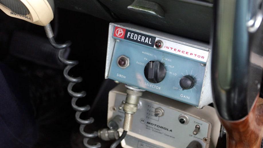 96c4398c-Vintage Police Car